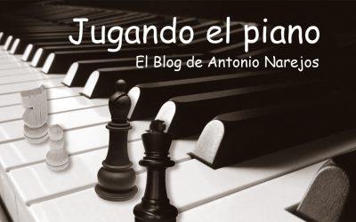 Jugando el piano
